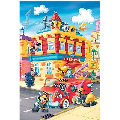 trefl puzzle mickeys town - slika